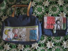 ボストンバッグと母子手帳ケース